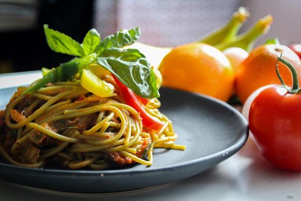 Talíř se špagetami